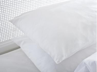 Plain Cotton 2 x Pillowcase 50 x 70 Cm - White