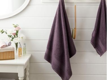 Pure Basic Bath Towel 100 x 150 Cm - Dark Purple