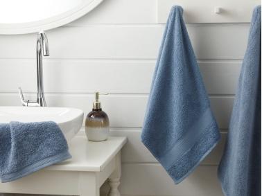 Pure Basic Bath Towel 100 x 150 Cm - Dark Blue