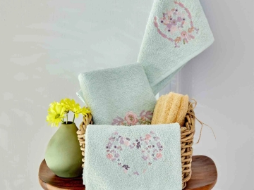 3 Pieces Elenie Embroidered Towel Set - Light Green