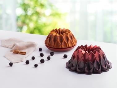 Clove Exclusive Cake Mold ( 26 Cm ) - Claret Red