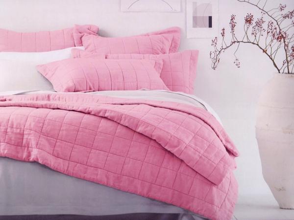 3 Pieces Decorative 3D Printed Double Bedspread 240 x 260 cm - Pink