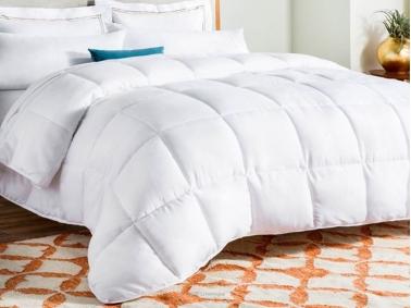 Dahlia Double Quilt 195 x 215 Cm (400gsm ) - White
